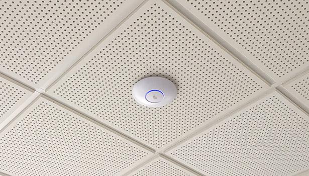 Wifi forstærker - loft